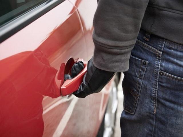 Житель села Марево сообщил об угоне своего автомобиля, за что и был осужден