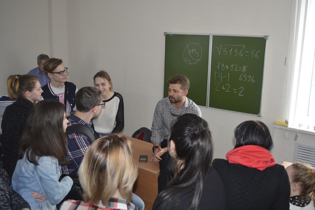 Об «академиках» за «станком»