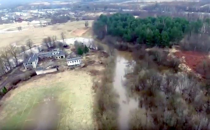 Видео: в Крестцах МЧС готовится к ликвидации последствий паводка