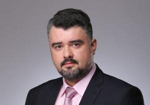 Глава Любытинского района Тимофей Гусев меняет работу