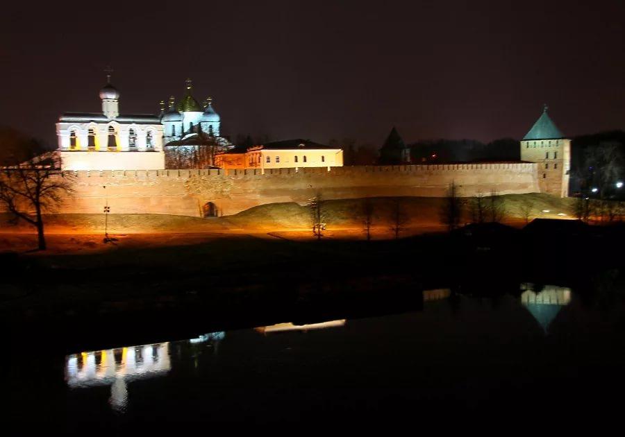 Завтра выключат подсветку новгородского кремля ради природы и WWF