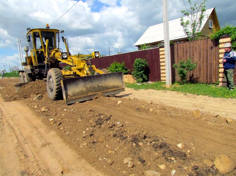 В думе Боровичского района предложили грейдировать обочины дорог