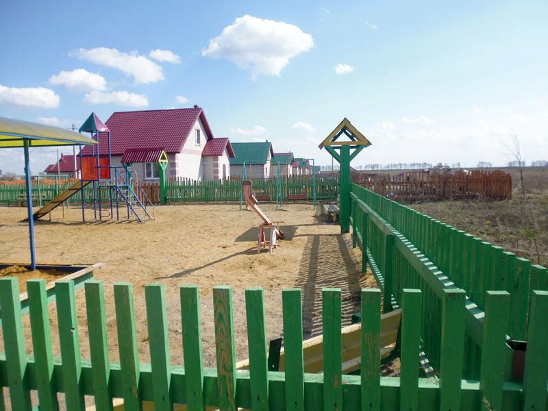 Благодаря грантам и инициативе граждан в селах Новгородской области появятся детские и спортивные площадки