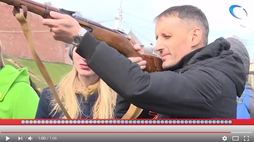 «53 секунды»: 9 мая. У монумента Победы в Великом Новгороде