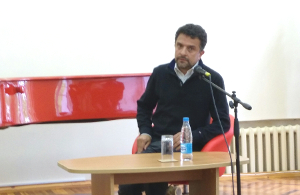Александр Архангельский оценил на Родине России будущее Отечества