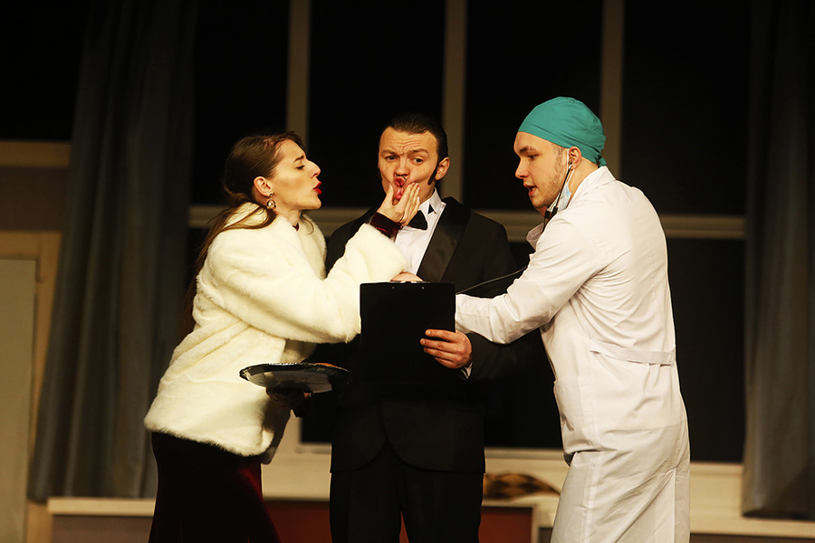 В рамках обменных гастролей Псковский театр покажет новгородцам невроСценическую комедию