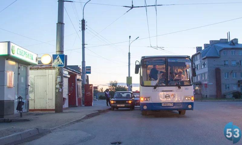 В Великом Новгороде проведут эксперимент над маршрутом автобуса №24