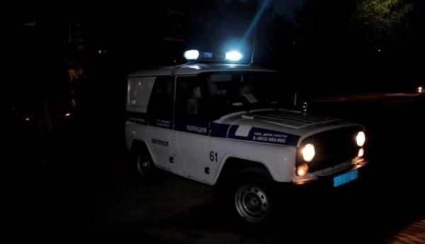 Полицейские пытались спасти выпившего мужчину, которого задержали в «продуктовом» на Воскресенском бульваре