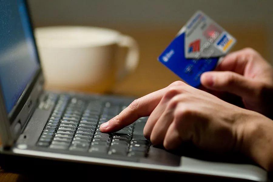 В Великом Новгороде резко выросло число краж с банковских карт