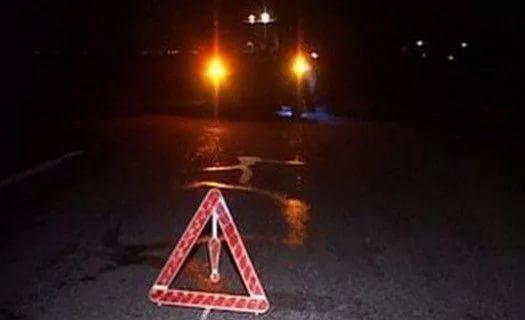 В Чудовском районе водитель «взял на таран» столб