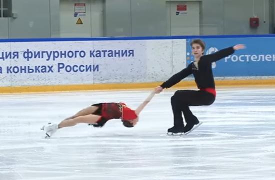Подопечные олимпийского чемпиона Олега Васильева стали первыми в финале Кубка России на новгородском льду