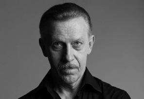 Заслуженный артист РФ Анатолий Устинов: «Современный актёр должен быть универсальным»