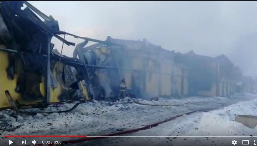 Видео МЧС: тушение пожара на крестецкой птицефабрике