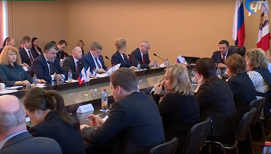 Главные темы: на выездном заседании правительства в Боровичах сделан ряд важных заявлений