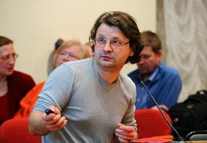 Павел Колосницын хочет помочь новгородцам не утонуть в море исторических мифов