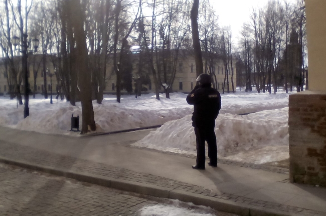 Телефонной террористкой, «заминировавшей» новгородский кремль, оказалась 73-летняя женщина