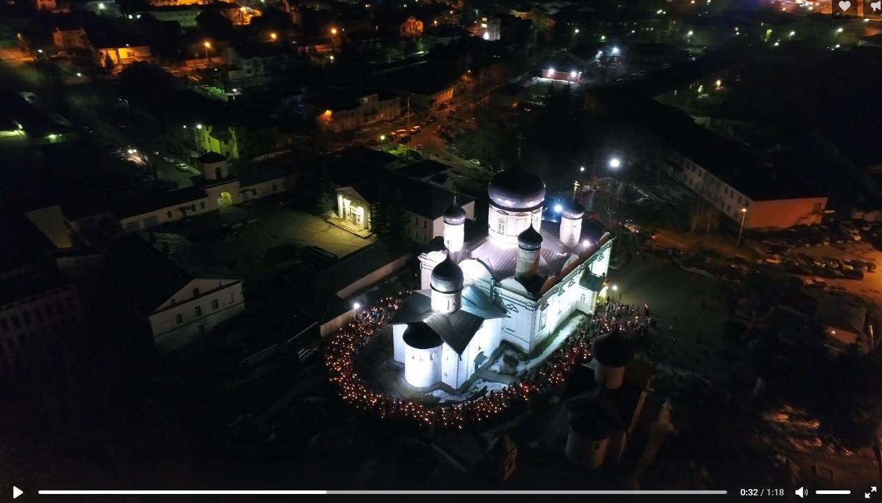 Пасхальные крестные ходы Великого Новгорода сняты на видео с высоты птичьего полета