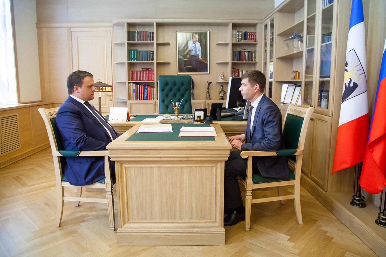 Андрей Никитин и Дмитрий Иванов обсудили, как решать проблемы Пестовского района
