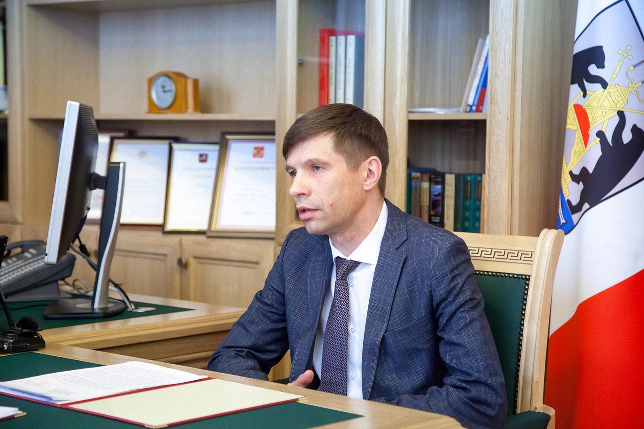 Глава Пестовского района Дмитрий Иванов написал заявление об увольнении