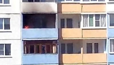 В Великом Новгороде горят балконы