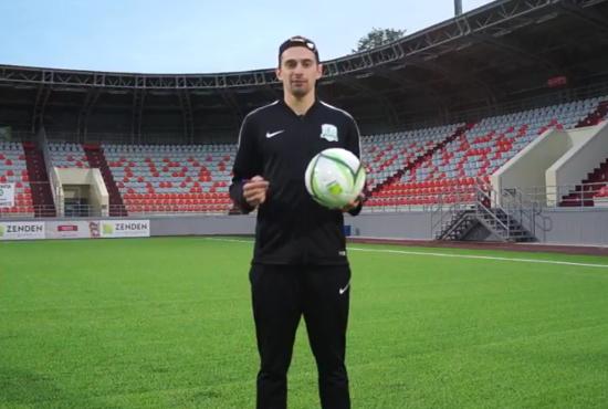 Футболисты «Электрона» записали для новгородцев видеообращение