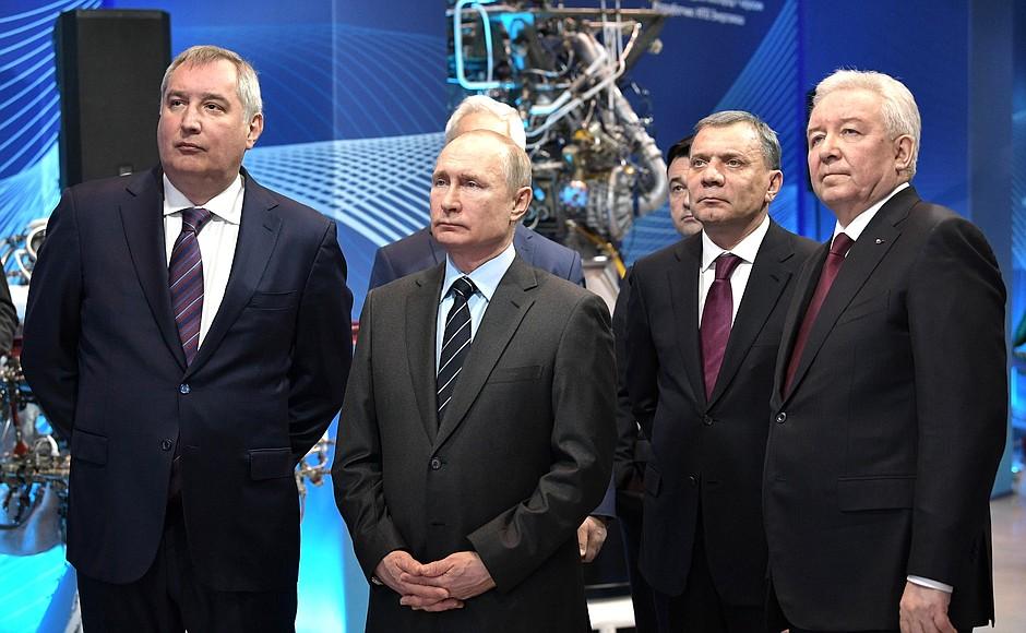 Владимир Путин: призыв в армию постепенно уходит в прошлое