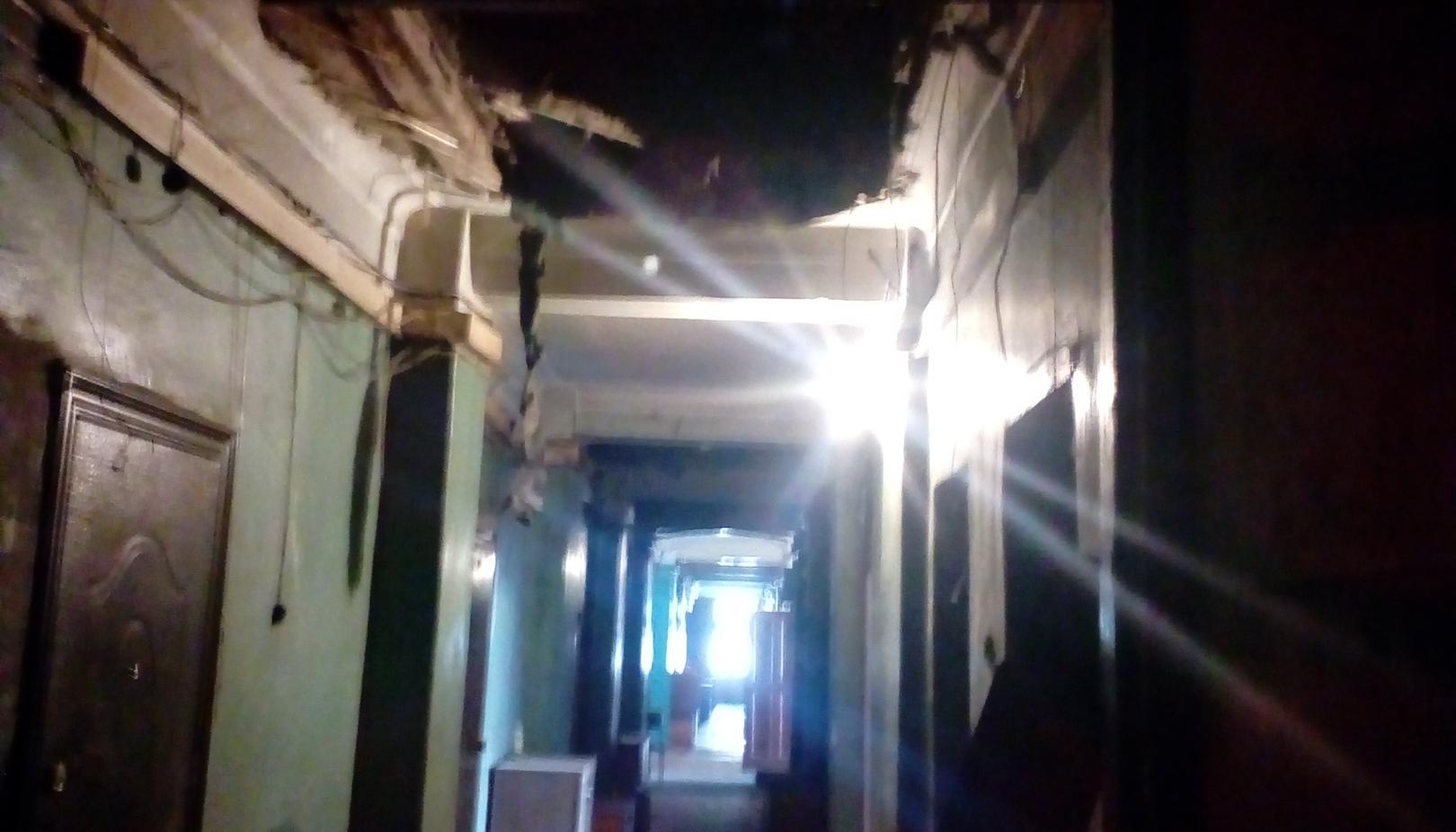 Съемочную группу НТ вывели из здания из-за угрозы его обрушения