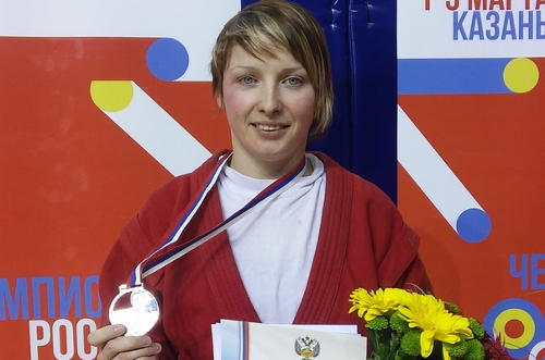 Самбистка из Боровичей вошла в сборную страны на чемпионат Европы