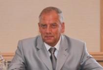 Сергей Митин посетил строящийся в Батецком районе социально-культурный центр для детей