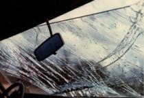 В Хвойнинском районе по вине пьяной женщины на BMW пострадали три человека