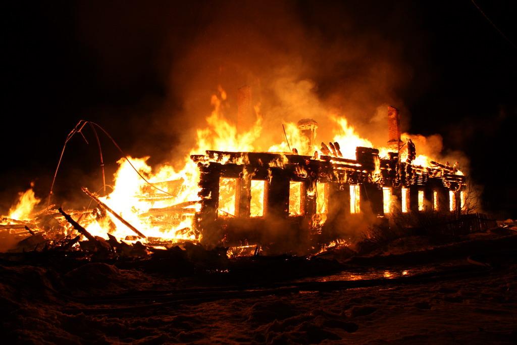 В Новгородской области за сутки горели четыре дома