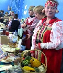 Выручка школьной ярмарки в Поддорском районе составила более 25 тысяч рублей