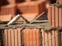 В Любытине завершается строительство поликлиники