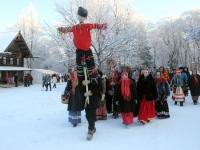 Фото: в Витославлицах прошли святочные гуляния