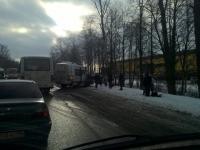 Маршрутка, ехавшая из Санкт-Петербурга в Великий Новгород, попала в ДТП