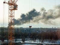 Жителей соседних зданий эвакуируют из-за пожара на территории «Волны»