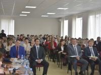 В Великом Новгороде ученые и финансисты обсудили банковскую выручку и информационную гигиену