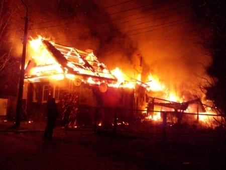 В старорусской деревне Малое Вороново сгорел дом