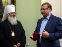 Митрополит Новгородский и Старорусский Лев награжден орденом Великого князя Сергия Александровича