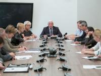 Администрацию Великого Новгорода призвали активнее бороться со стихийной торговлей на улицах