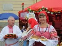На Манежной площади Санкт-Петербурга ярмаркой открылись Дни Новгородской области