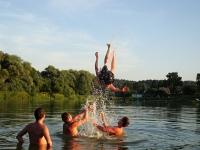 Наш опрос: новгородцы не любят купаться в черте города