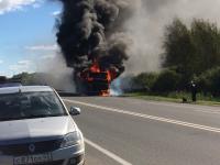 В Новгородском районе сгорел пассажирский автобус