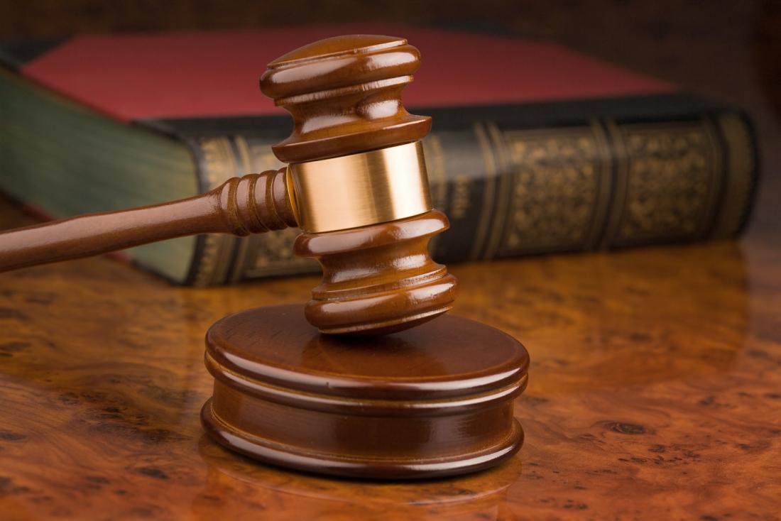 Житель Валдая получил пять месяцев лишения свободы за гибель сына