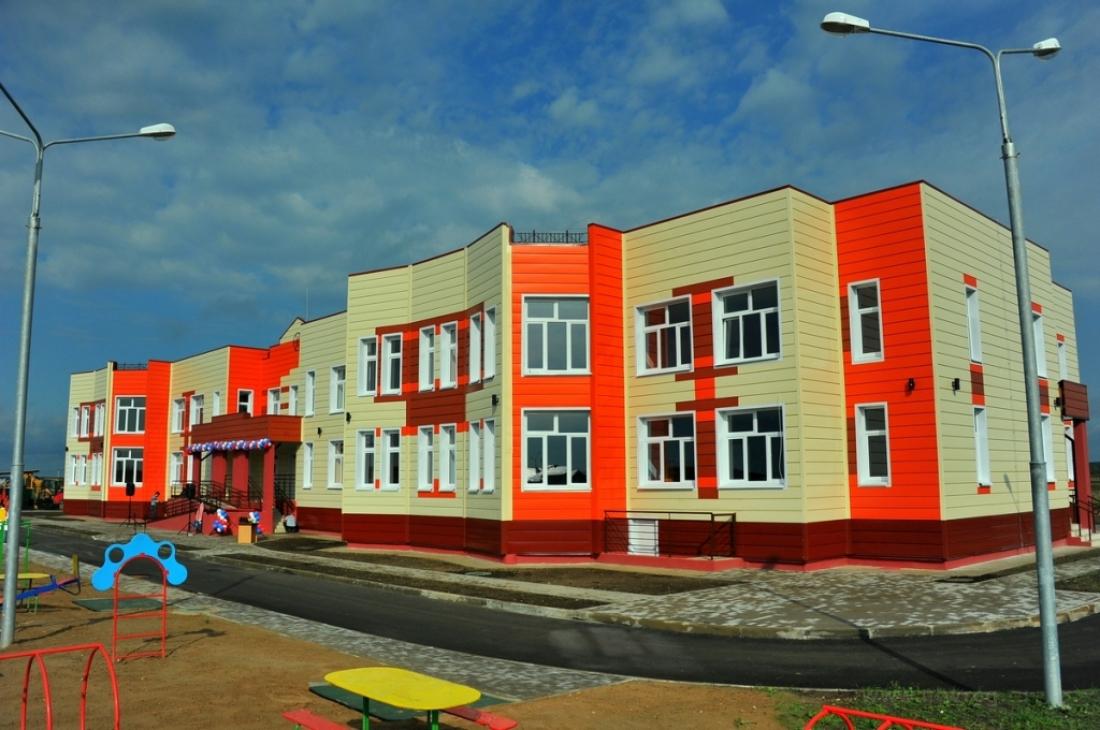 В Шимске в новый детский сад, где устранили недоделки, пришли полсотни малышей