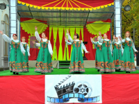 Крестцы отметили День рождения Никитской ярмаркой
