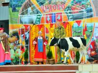 Представители Беларуси, КНР, и более чем десятка регионов России, приехали на «Успенскую ярмарку» в Чудово