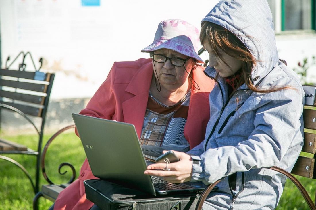 В сентябре Роскомнадзор проверил в СЗФО более 500 точек доступа Wi-Fi в общественных местах