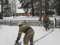Демянские пожарные провели сложные тактические учения