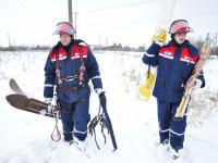 43 населённых пункта в Новгородской области снова обесточены из-за налипшего на провода снега